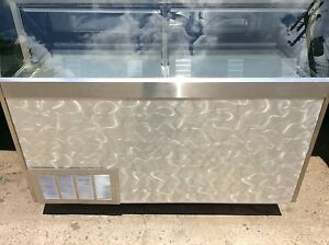 6 Ice Cream Dip Cabinet From Baskin Robbins Store Hold 12 Tubs Sharp