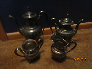 Antique Silver Plated Coffee Pot With Sugar Creamer By Reed Barton 2103