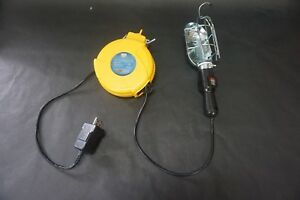 Dura Trac 20 Retractable Work Light Outlet Yellow 920dt 875 Watt 7 Amp 125v