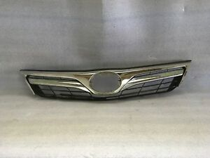 2012 2014 Toyota Camry For Parts Use Front Bumper Grille Oem