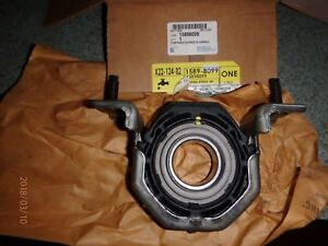 Gm 15898099 Superceded To Gm 23165405 Drive Shaft Center Support Bearing