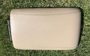 03 06 Ford Expedition Factory Front Center Console Arm Rest Lid Oem