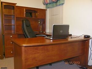 New U shaped Office Executive Desk With Hutch Maple L shaped Free Delivery