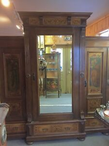 Antique Mirror Italian Armoire Triple Painted Wardrobe 82 H 76 1 2 W 23 1 3 D
