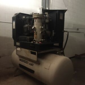 Ingersoll Rand Rotary Screw Air Compressor 15 Horsepower model Ssr ep15