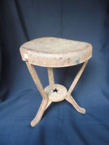 Metal Farm Milking Milk Stool Early Vintage Antique W Neat Star Cutout