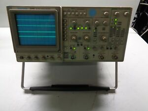 Tektronix Tek 2246 100 Mhz 4 Channel Oscilloscope