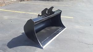New 48 Excavator Ditch Cleaning Bucket For A Kubota Kx057 with Coupler