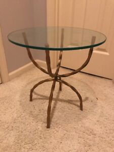 Vtg Mid Century Hollywood Regency Gold Painted Iron Glass Top Accent Table
