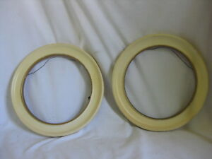 2 Vintage Round Picture Frames Circular Wooden Wood Frames Decor Pair