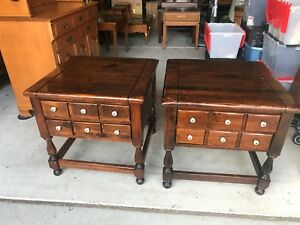 Beautiful Antique Ethan Allen Old Tavern Pine Lamp Side Table Nightstands L K