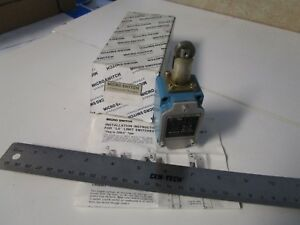 Honeywell Micro Switch 5ls1 l Limit Switch Top Roller Plunger Actuated