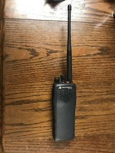 Motorola Pr1500 Vhf Two Way Radio