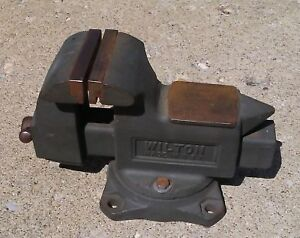 Wilton Tradesman Anvil Vise 3 1 2 Wide Swivel Base In Nice Condition