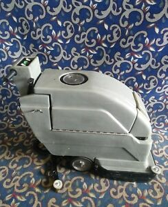 Tennant Nobles Speedscrub 2001 20 Floor Scrubber New Batteries
