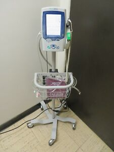 Welch allyn Spot Vital Signs Lxi 45nt0 Nibp Temp Massimo Spo2 Stand 16053