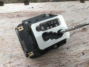 04 08 Chrysler Crossfire Shifter Gear Selector Auto Transmission Floor Shift
