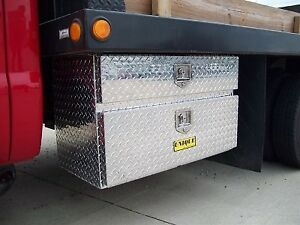 60 Aluminum Tread Plate Underbody Toolbox With Drawer