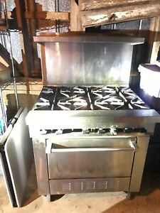 Sunfire 6 Burner Commercial Gas Range And Oven propane Excellent Condition