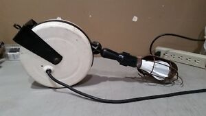 Vintage Cordomatic Retractable Shop Light Nice Condition W Free Shipping