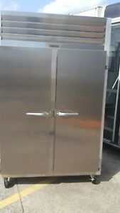 Traulsen G22010ts 2 door Top Mount Reach in Commercial Freezer