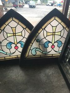 Sg 2524 Two Available Price Separate Antique Arch Windows 31 25 X 23 5