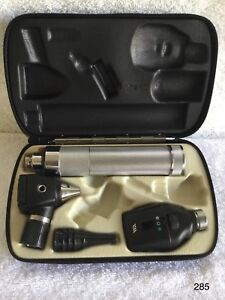 Welch Allyn Diagnostic Set Ophthalmoscope 11720 Otoscope 20000