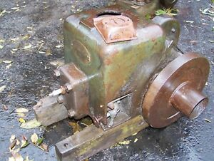 Old Fairbanks Morse 1 1 2hp Zd Gas Engine Steam Tractor Motor Spark Plug Early