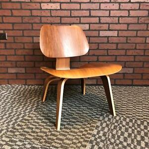 Eames For Herman Miller Lcw Molded Plywood Lounge Chair Walnut