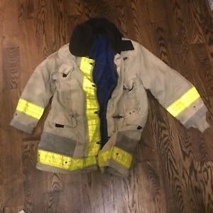 Cairns Firefighter Jacket Coatturn Out Gear Great For Halloween Or Welding