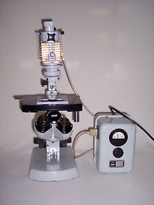 Carl Zeiss 47 33 07 9902 Microscope With Power Supply