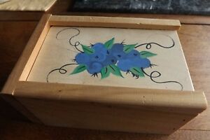 Wooden Slide Box With Painted Blueberries Pine Wood Debbie S Blueberry Ware
