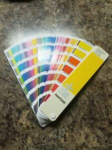 Pantone Plus Series Coated uncoated Starter Guide Gg1511