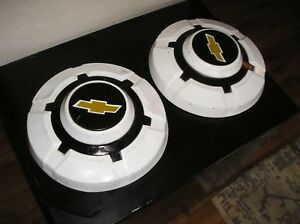 2 Original Paint Genuine Chevrolet Truck Dog Dish Hubcaps 3 4 And 1 Ton 12 Inch