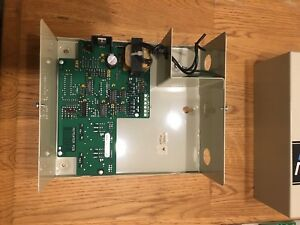 Siebe Barber Colman Network 8000 Repeater Rptr wire 0 0 1 Rs 485 Repeater