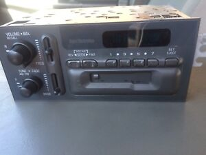 Gm Delco Model 16195161 Cassette Radio 1989 Refurbished