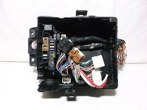 10 11 12 13 14 15 Nissan Xterra Frontier 4 0l Engine Bay Fuse Relay Box