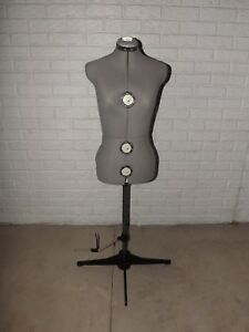 Singer Dress Form 150a Mannequin