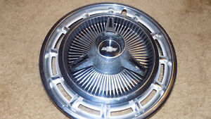 Factory 65 66 67 Chevrolet Bowtie Spinner Hub Caps 14 Hubcap 1965 1966 1967