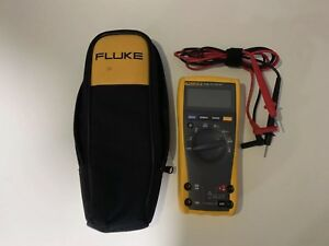 Fluke 77iv Digital Multimeter With Leads Case