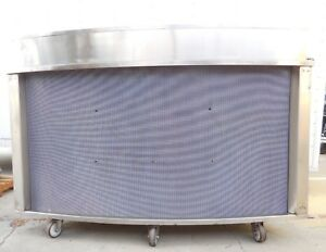 Curved Stainless Steel Rolling Bar Ice Drink Cooler With Drain