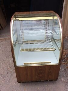 Dry Bakery Display Case For Pastries Doughnuts Bread Cookies W curved Glass