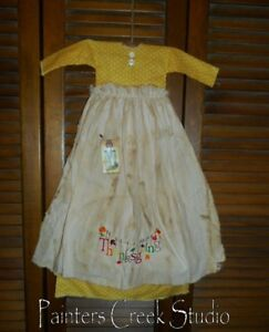 Primitive Wall Decor Dress Yellow W Apron Thanksgiving Autumn Grungy Cupboard