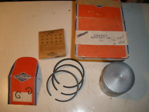 Vintage Nos Briggs Stratton Gas Engine 030 Over Piston Assembly 298907