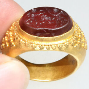 Massive Greek Gold Ring With Garnet Seal Stone Circa 300 100 Bc 16 60 Grams