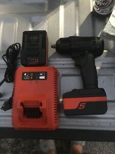 Snap on Cordless Impact Wrench Ct8810 W 2 Batteries And Charger