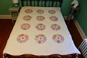 Antique Quilt From 1930s Vintage Floral Fabric Dresden Plate Design Handstitched