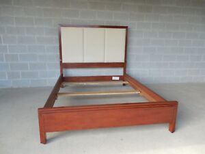 Stickley 5th Avenue Modern Collection Cherry Queen Size Bed 7507