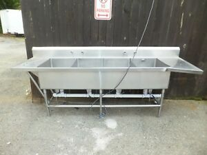 4 Compartment Stainless Steel Sink 112 L 36 H 30 W Free Pickup