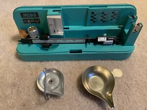 RCBS MODEL 10 - 10 RELOADING SCALE - POWDER- HUNTING-